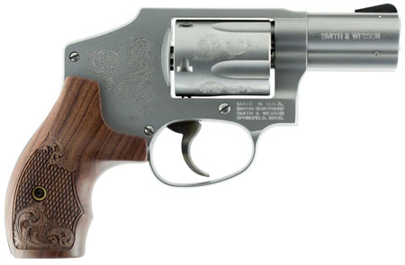 S&W 150784 640 Machine Engraved 357 Mag 2.12″ 5rd Engraved Wood Grip Stainless