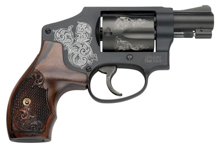 S&W 150785 640 Machine Engraved 38 Spec 1.87″ 5rd Engraved Wood Grip Black Fin